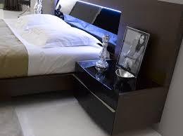 jm barcelona platform bedroom set in tobacco barcelona bedroom