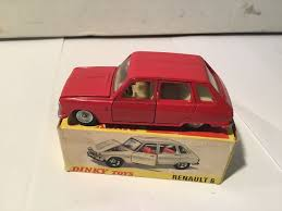 <b>Dinky Toys</b> - 1:43 - Renault 6 - # <b>1416</b> - Catawiki