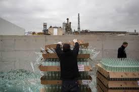 yeruham ap photos deep in desert shimmering 27 2016 photo workers unload defective glass bottles