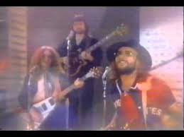 <b>Manfred Mann's Earth Band</b> - Blinded By The Light - YouTube