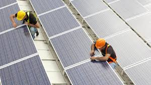 infographic new jobs in solar could outpace oil by next year new jobs in solar will outpace jobs in oil by the end of 2016