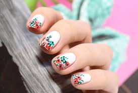 Floral print nails feat <b>Eva Mosaic</b> #053 – Mari's Nail Polish Blog
