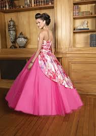 images?qtbnANd9GcSVA Knq8esDKrYxk4dFovw9kUFc9VClsqROGdEJEvB4b0aJMlT - en güzel pembe renk elbise modelleri