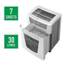 <b>Leitz IQ Office Pro</b> Paper Shredder P5 +