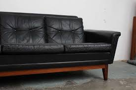 stunning leather mid century sofa vintage black leather mid century modern sofa with rosewood base black leather mid century