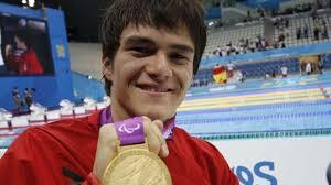 El mexicano Gustavo Sánchez Martínez obtuvo medalla de oro en los 200 metros libres de natación, dentro de los Juegos Paralímpicos de Londres 2012 - gustavo-sanchez-619x348