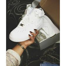 air force 1s mid cut size 6 little boys or 8 womens have air force white womens