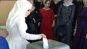 В Дагестане <b>молодожены</b> проголосовали сразу после ...