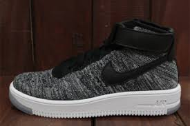 fans of the oreo colorway originated by the nike flyknit racer can rejoice in the fact that the upcoming nike air force 1 mid flyknit will have two air force 1 flyknit