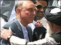 Former governor of Pakistan's restive North West Frontier Province, retired Lt Gen Ali Mohammad Jan. Lt Gen Orakzai's peace deal with local elders failed - _44337013_orakzai_b203_ap