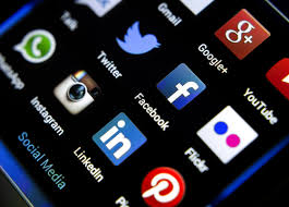 How Do You Choose the Right Social Media Platform for Your ...