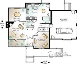 House plan W A detail from DrummondHousePlans com    st level storey Farmhouse house plan  sunroom  double garage  bedrooms possible