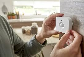 <b>Philips</b> выпустила умный <b>датчик</b> движения из семейства <b>Hue</b> ...
