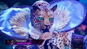 """Leopard sings """"Stitches"""" by Shawn Mendes 