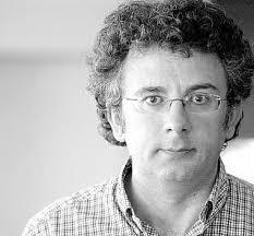Juan Ramón Fuentes Jiménez, en la redacción de LA NUEVA ESPAÑA de Avilés. mara villamuza. NOTICIAS RELACIONADAS. «La razón no se tiene por gritar más, ... - 2010-08-24_IMG_2010-08-17_01.36.31__4758225