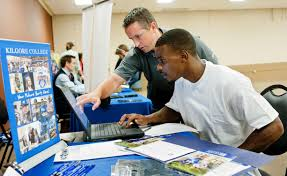 etx job fair expo set for tuesday longview news journal kilgore college admissions counselor wade cates helps korwin key fill out an admissions application during the