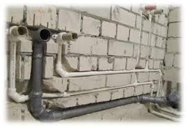 <b>Крепление</b> канализационных труб: особенности и выбор крепежа