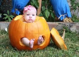 Resultado de imagem para bebês felizes