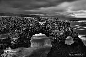 Entdecken sie exklusive Fotokunst von Martin Krajczy – Individuell und ... - Martin-Krajczy-Coast-Iceland-BW