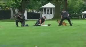 واشنطن - اعتقال رجل  قفز فوق سياج البيت الأبيض