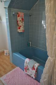 guest bathroom towels: my cath kidstoned up guest bathroom haha had to make old retro blue bath