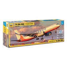 <b>Сборная модель ZVEZDA</b> 7031 <b>Грузовой</b> самолет ТУ-204-100С ...