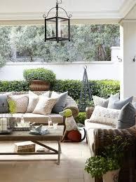 gallery outdoor living wall featuring: nice kussings vir rusbanke stoep idees pinterest gardens outdoor living and travertine