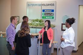 enterprise holdings management trainee interview questions glassdoor enterprise holdings photo of employees chatting at our contact center in st louis