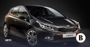 Новое поколение Kia cee'd развернуто в сторону водителя ...