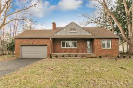 6696 Seneca Rd, Mayfield Village, OH - 4 Bed, 1 Bath Single-Family ...