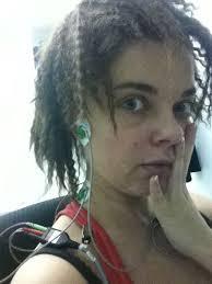 Кстати в последнее время странные косметические процедуры она делает не только себе, но и своей 65 летней маме. Сейчас Людмила Порывай заметно помолодела, ... - uzn_1334130992