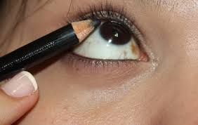 the gilded lily eyeliner tricks to make you stand out however using the same pencil liner on the upper waterline will add to the look s depth making your eyes appear more alluring