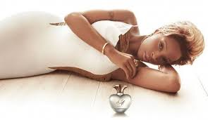 <b>Mary J</b>. <b>Blige's</b> parfum ad | Mary j, <b>Carole</b>, Women