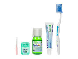 <b>Щетка Дорожный набор Pierrot</b> Complete Dental Kit Blue-Light ...