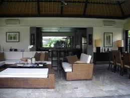 Huge main living area including kitchen, <b>dining table</b> & <b>massive</b> ...