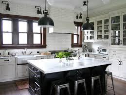 alto l black kitchen