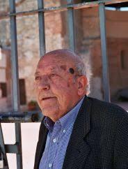 José Jiménez Lozano. (Langa, Ávila, 13 de mayo de 1930). Escritor y periodista español. Estudia Derecho, Filosofía y Periodismo, y ejerce como redactor, ... - jimenez_lozano_jose