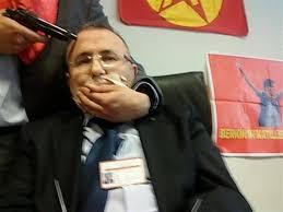 انقرة - مسلحون يحتجزون المدعي العام التركي كرهينة باسطنبول