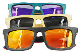<b>Skateboard Wood Sunglasses</b> - Sumboom