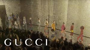 Gucci Fall <b>Winter</b> 2019 <b>Fashion</b> Show - YouTube