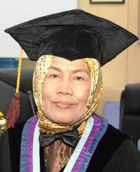 Dr.Ir. Hj Farida G.Sitepu, M.S.: Ikhtiologi Berperan Tingkatkan Produksi Ikan Kerapu - Farida%2520Sitepu