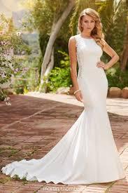 <b>High Neck</b>, Halter Wedding Dresses   Martin Thornburg