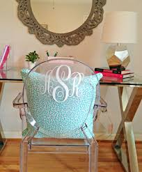 1000 ideas about acrylic chair on pinterest acrylic table furniture and acrylic side table bathroomlovely lucite desk chair vintage office clear