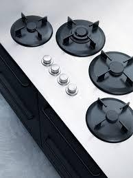 black appliance matte seamless kitchen: open cuisine pratique en acier inoxydable par vipp  x