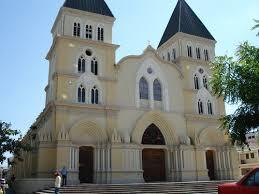 Resultado de imagen para fotos de la catedral de santiago de los caballeros