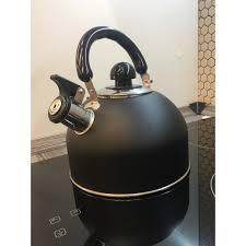 <b>Чайник</b> Elegante, <b>2.5 л</b>, нержавеющая сталь, цвет чёрный в ...