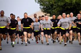 u s department of defense photo essay u s iers begin the run portion of the army physical fitness test part of the