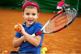 Как подобрать <b>ракетку для большого тенниса</b> ребенку