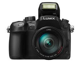 Беззеркальный <b>фотоаппарат Panasonic Lumix</b> DMC-GH4 ...