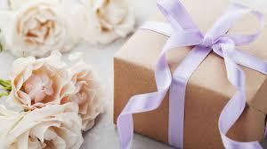 10 свадебных подарков, которые запомнились невестам - Бобёр ...